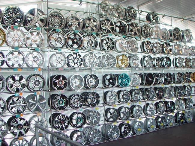 Из каких материалов лучше выбрать диски колес?