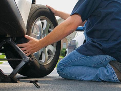 как поменять резину автомобиля